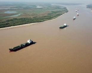 Argentina declara estado de emergência hídrica - Rio Paraná